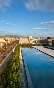 33-mandarin-oriental-barcelona-terrat-rooftop-w-dipping-pool