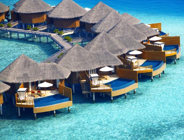 40 jahre baros maldives eine erfolgsgeschichte. Black Bedroom Furniture Sets. Home Design Ideas
