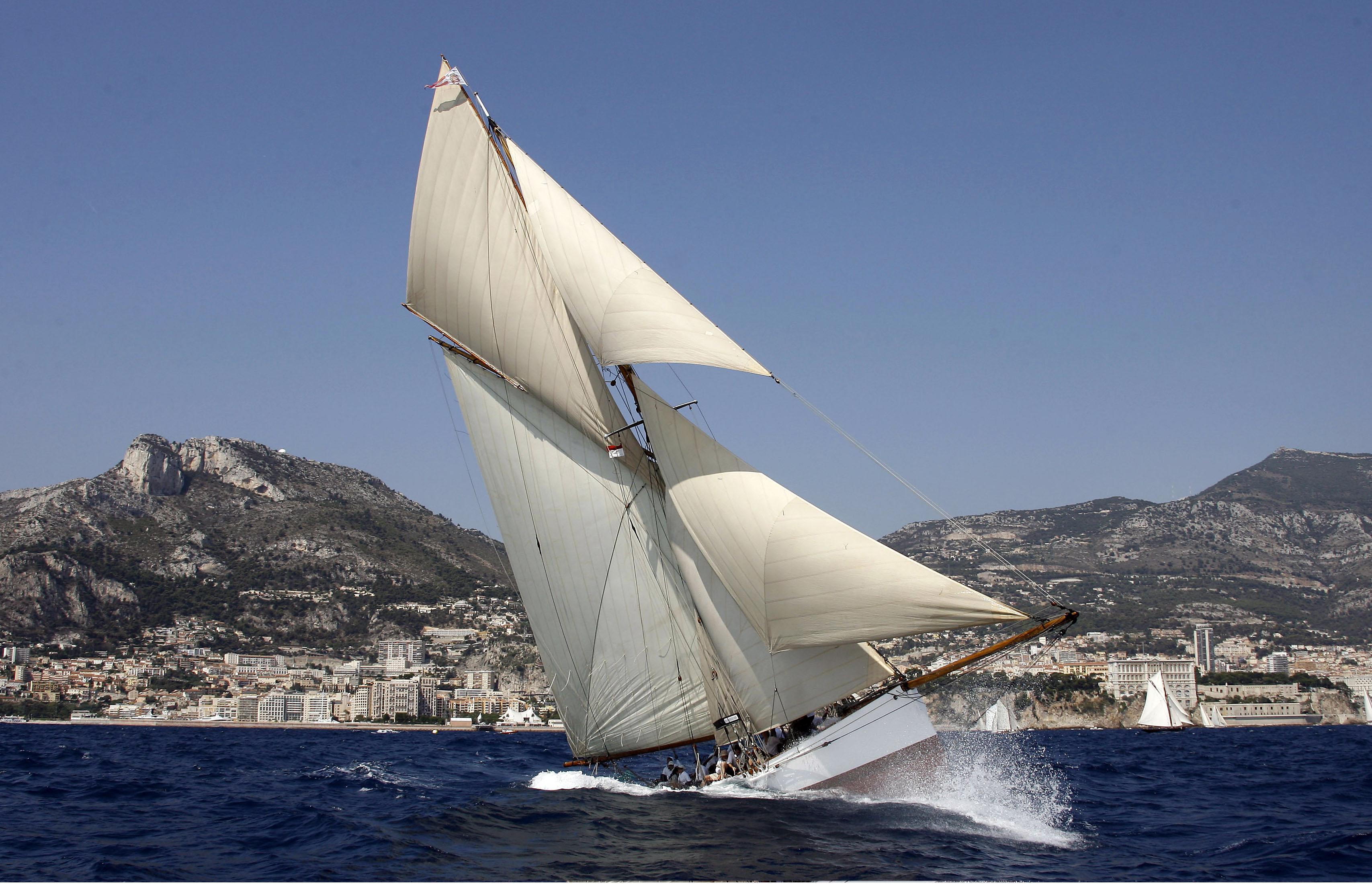Klassische segelyachten  Ahoi