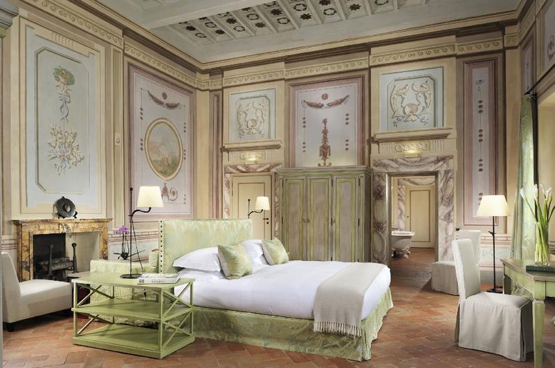 Castello_del_Nero_-_Deluxe_Suite_118