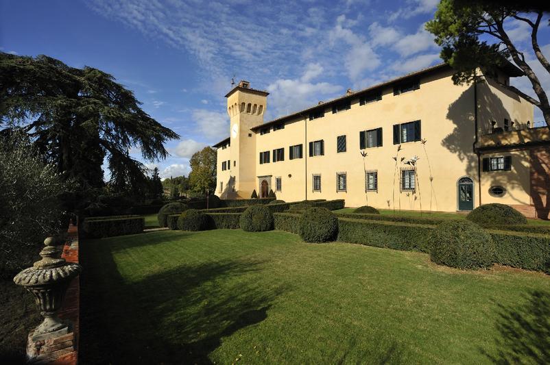 Castello_del_Nero_-_Front_View