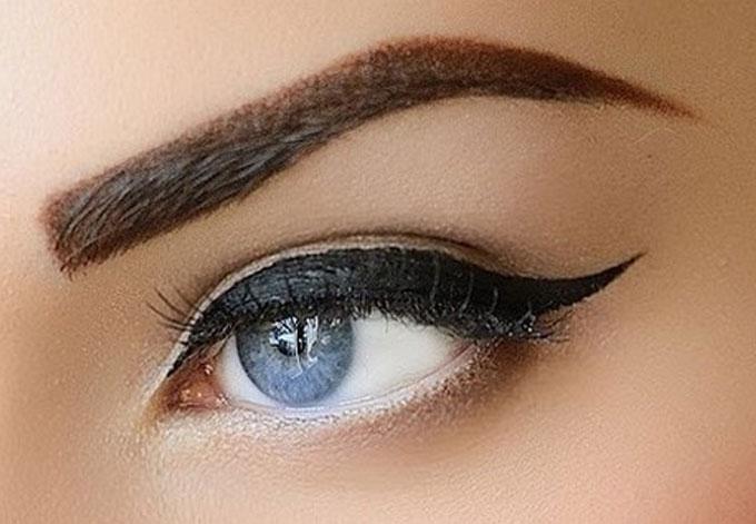eyebrows on fleek der neuste trend augenbrauen lifting. Black Bedroom Furniture Sets. Home Design Ideas