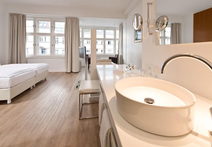 Ellington-Hotel-Berlin-341-Suite-cAndreas-Rehkopp_ONLINE-2