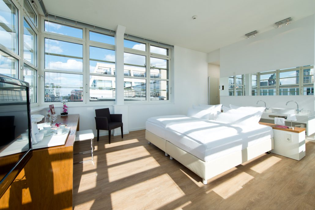 Ellington-Hotel-Berlin-501-Turmsuite-cAndreas-Rehkopp_ONLINE-3