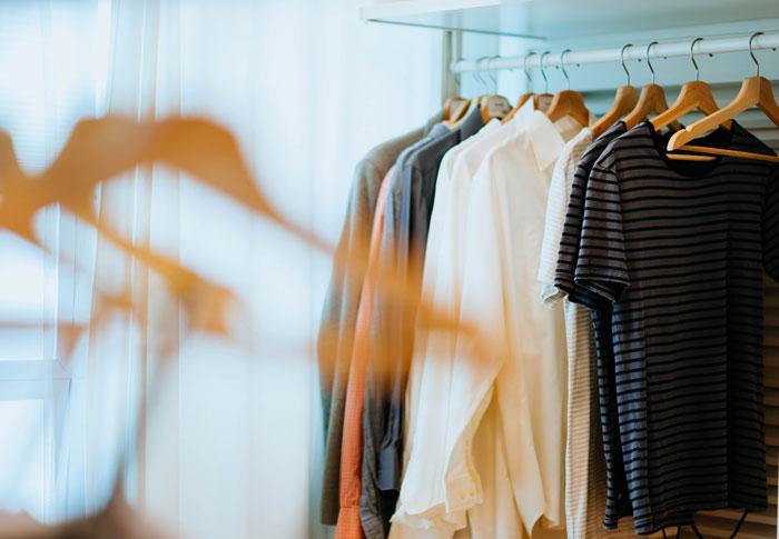 Detox für den Kleiderschrank: 4 Tipps wie du mehr Platz schaffst